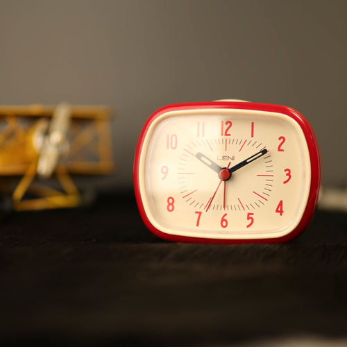 Leni Retro Alarm Clock - Red - 11x9cm